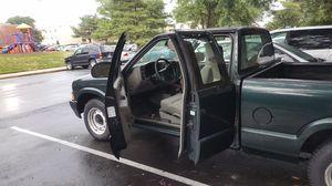 2003 Chevy s10 AUTO 161k VA INSPECTED 3rd door