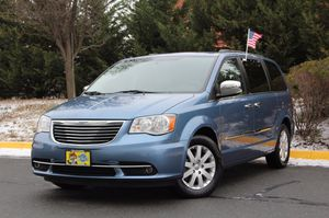 2012 Chrysler Town & Country L package