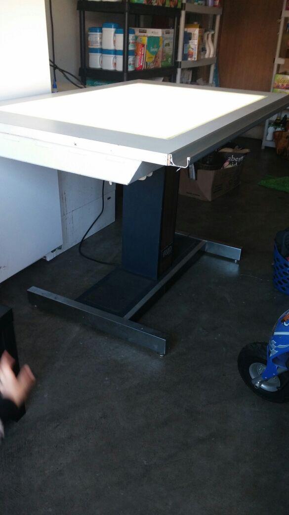 Hamilton VR Electric Drafting Table Arts Crafts In Tacoma WA - Electric drafting table