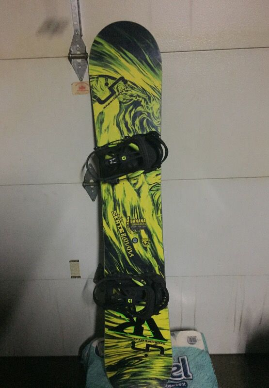 lib tech skate banana snowboard with union contact pro. Black Bedroom Furniture Sets. Home Design Ideas