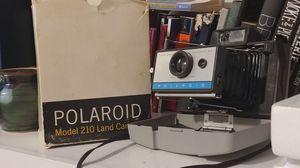 Polaroid 210 land camera