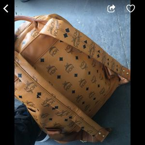 Mcm bag need gone today authentic good condition