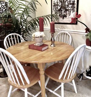 SOLID WOOD DROP LEAF DINING TABLE W 4 WINDSOR CHAIRS