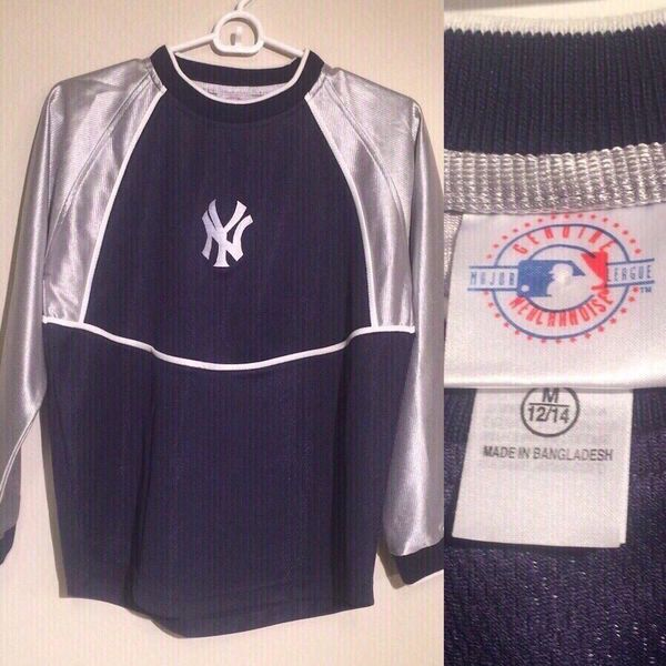 432e10f1afe91 New - New York NY Yankees Shirt - Size Youth Medium 12 14 yo (Sports    Outdoors) in Port St. Lucie