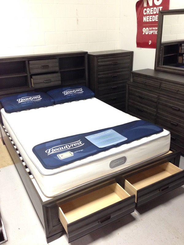 New Rustic Gray 5 Piece Platform Storage Bedroom Set