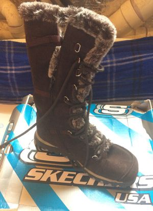 Size 8 brand new Skechers snow boots