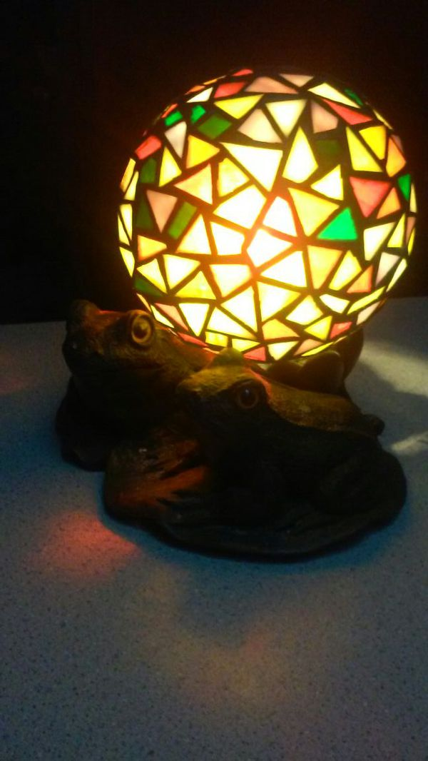 Stain Glass Light W 2 Frogs Household In Mountlake