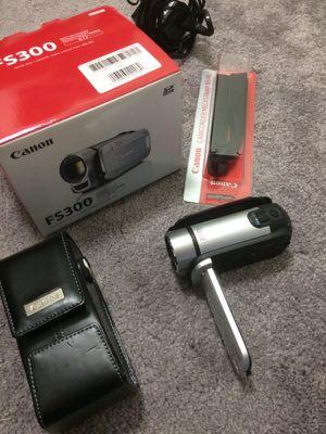 Canon FS300 Camcorder
