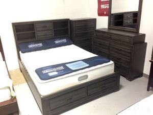 New Rustic Gray 5 Piece Platform Storage Bedroom Set