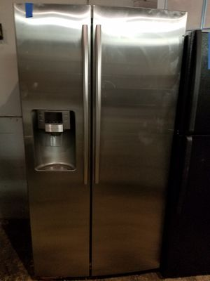 Samsung stainless steel side by side refrigerator excellent condition working perfectly very clean 4months Warranty