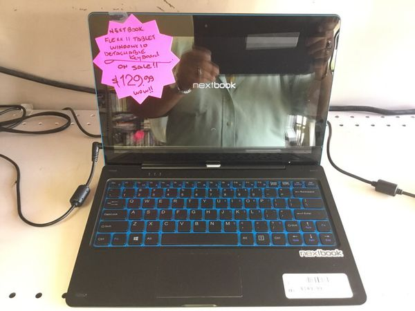 NextBook Flex 11 Tablet w / Keyboard