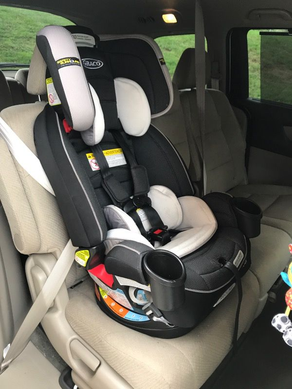 4Ever 4-in-1 Car Seat featuring Safety Sorround Side Impact Protección