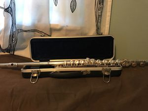 Palatino Flute with Case, barely used; all working parts