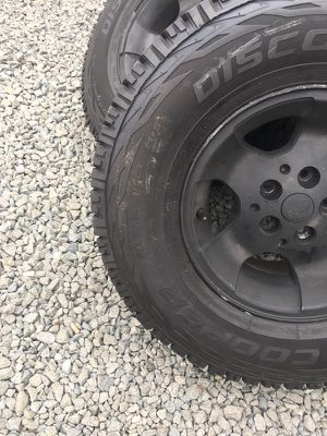 5 tires for sale size 31x10.50/R15