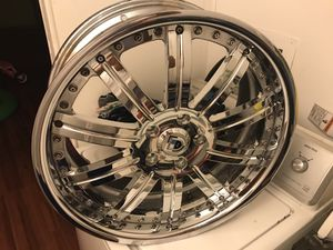 20 inch came off a cadillac 5 lugz
