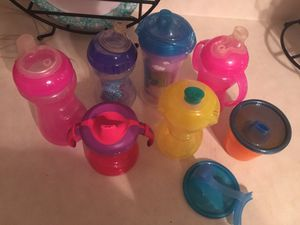 FREE PPU ONLY!!! Girls Sippy Cups POOS ALL USED but In good condition