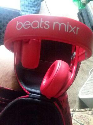 Beats by Dre Mixrs