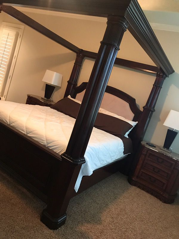 The Dumont Post King Canopy Bed Furniture In Spring TX OfferUp - Dumont bedroom furniture