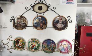 For Disney collectible plates 3- collectible plates