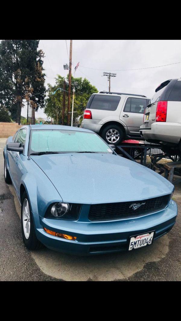 Mustang V6 2005 Manuel/stickshift - 128,000 (Cars & Trucks) in Los ...
