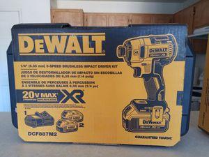 DEWALT  20-Volt MAX XR Lithium-Ion