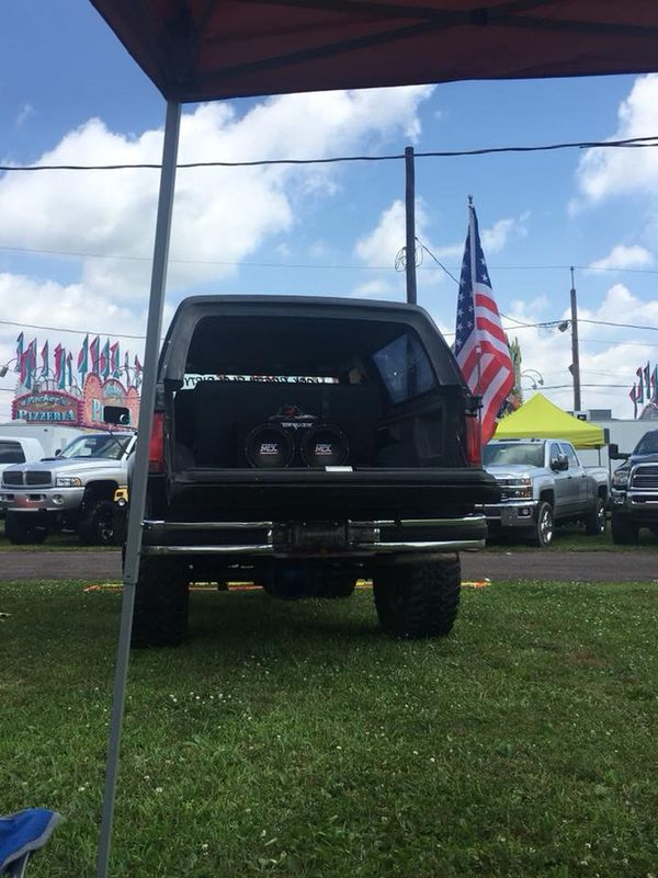 89 ford bronco, looking to trade for or jeep,truck, muscle car (Cars ...