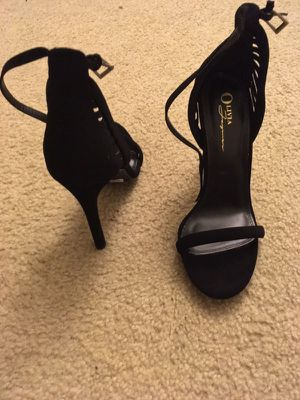 All black ALDO heels all size 8
