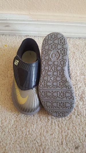 Kids sneakers size 10