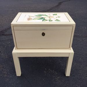 Small Trunk Table