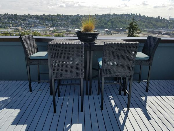Patio furniture furniture in seattle wa offerup for Furniture pick up seattle