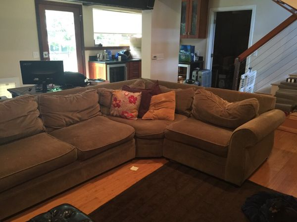 Pottery barn sectional furniture in seattle wa offerup for Furniture pick up seattle