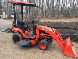 2017 BX2370 Kubota 4x4 Tractor w Loader