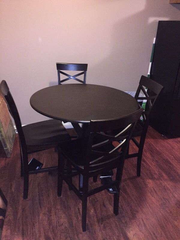 Dinning table furniture in wichita ks offerup for Offer up furniture