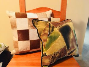 3 different sets of Pillows!