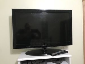 "Samsung 32"" High Def TV with Amazon Firestick"