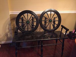 Spinning wheel chair.