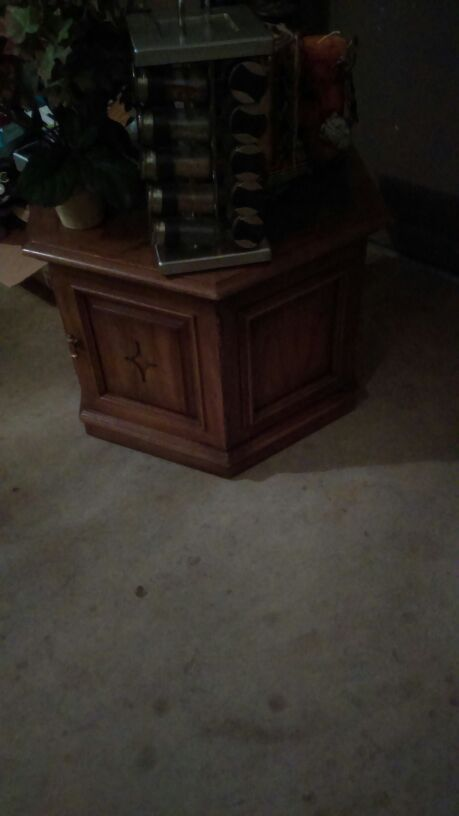 Table Furniture In Tacoma Wa Offerup