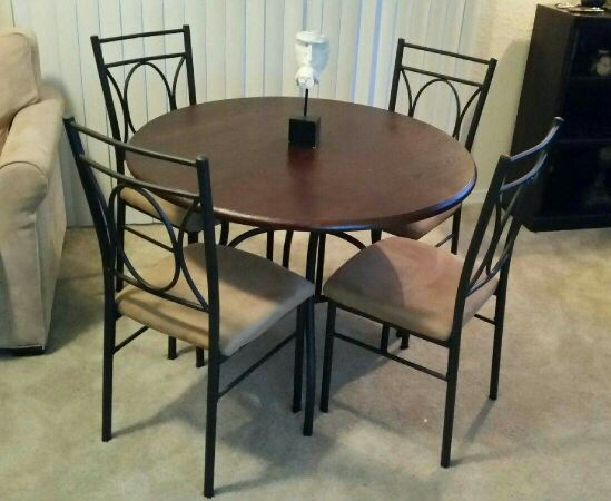 Dining set furniture in jacksonville fl for Outdoor furniture jacksonville fl