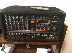 Mixer Amplifier YAMAHA with 2 Monitors spk FENDER