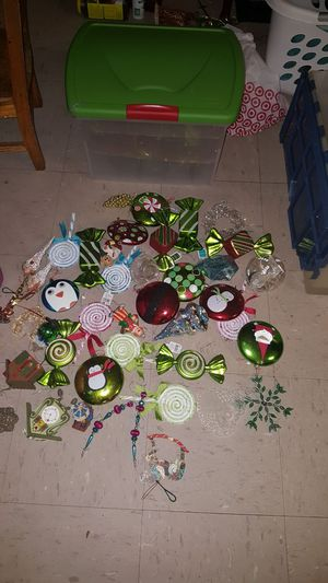 Ornaments with clear tote