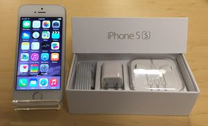 Apple iPhone 5s (16gb) - Factory Unlocked - Comes w/ Box + Accessories & 1 Month Warranty