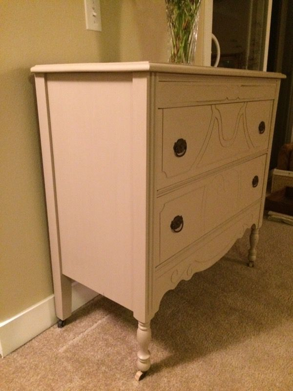 Vintage shabby chic solid wood dresser furniture in for Furniture in bellevue