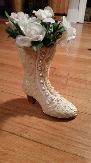 Victorian shoe with flowers
