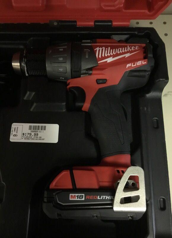 Milwaukee M18 Hammer Drill 18v