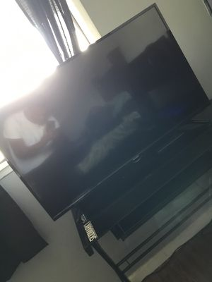 Sharp TV 1080p with Wall mount (Brand New)