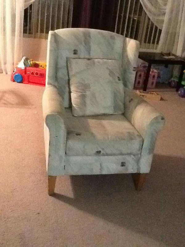 2 wing chairs furniture in bellevue wa offerup for Furniture in bellevue