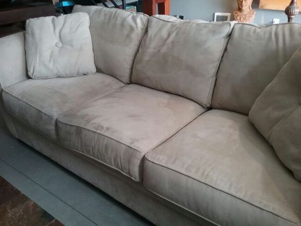 like new 2 piece neutral beige sofa couch set make offer credit card payment ok furniture. Black Bedroom Furniture Sets. Home Design Ideas