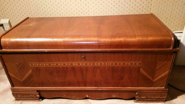 1949 vintage cedar chest furniture in seattle wa offerup for Furniture pick up seattle