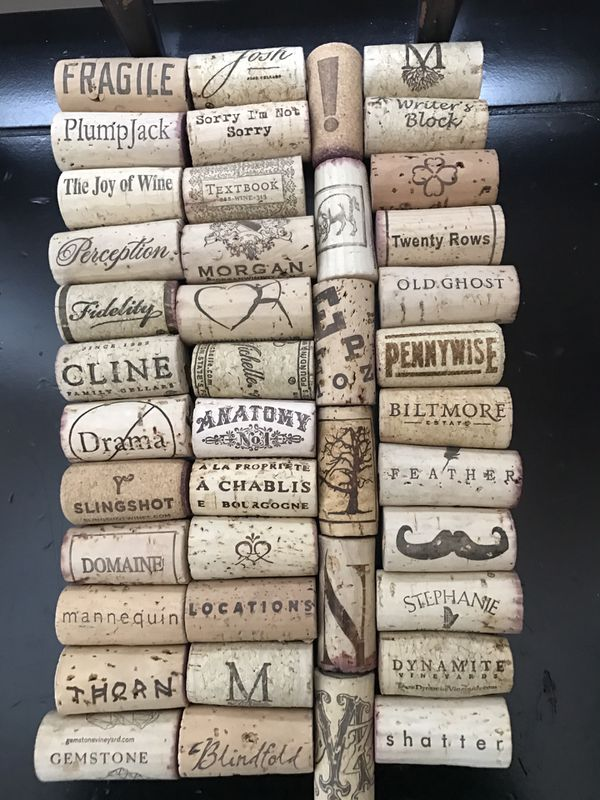 Assorted Bag of 100 Wine Corks (Arts   Crafts) in Reidsville, NC cb4a3ad188