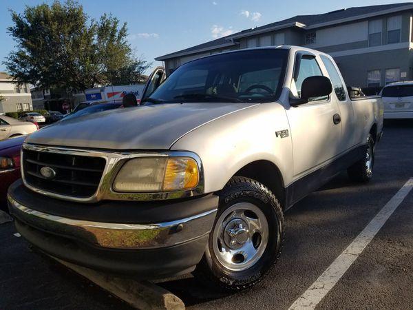 2000 Ford F150 . Manual transmission (Cars & Trucks) in Kissimmee, FL